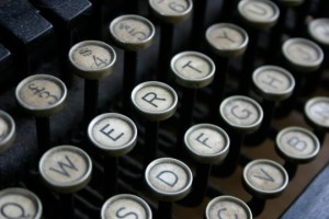 qwerty-typewriter-flickr-eelke-dekker-660x440